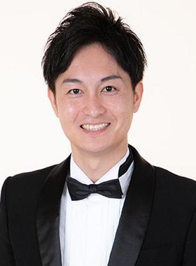 プラネットMCスクールの司会者:浅野太郎